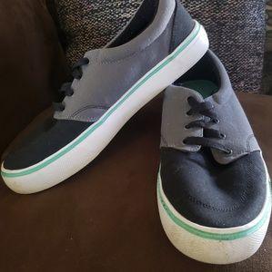 Men's Airwalk shoes